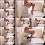 [TheNewGirlsPooping com] Runny Farty Morning HD