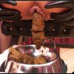 [BDSM-Scat] Sekt + Kaviar [Herrin Silvia, Alex D,  SM Studio Berlin] [BSDM, Ball torture, Humiliation, Pissing, Smoking, DVDRip]