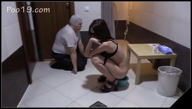 Lesbian Eating Pussy Slave