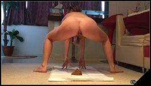 [Scatshop com] EllaGilbert – Ella and Joss workingout session [ Scat, Poop Videos, Groups-Couples]