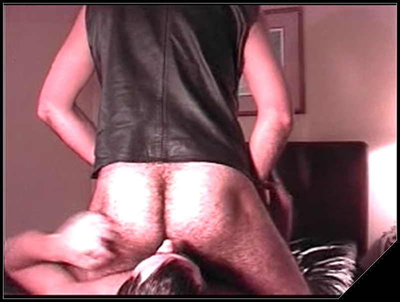 Scat, puke, feet, nostrils licking and more gay scat porn