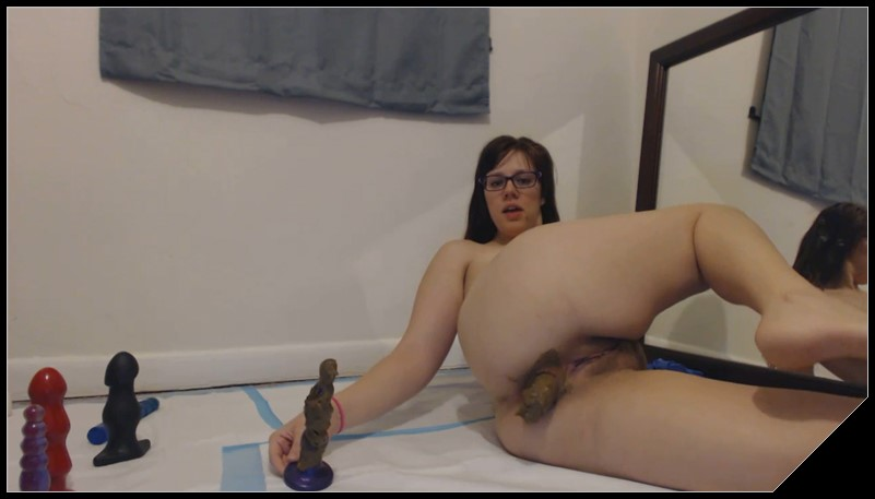 Lindzypoopgirl - Super Filthy Fuck, Smear, Gape and Squirt