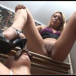 Scat Secretary Girls Lumina-Slave Agnese