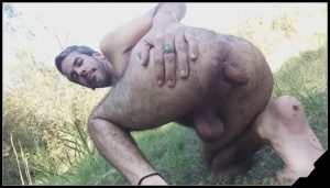 Gay shit outdoor [Scat solo,shit,defecation,Gay Scat]