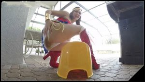PA-Wonder Women Messy Panty Poop [Scat, shit,defecation, panty pooping, Dirty Panty]