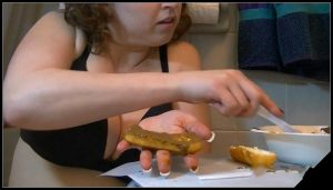 Scat Goddess Amanda – Scat Filled Twinkie