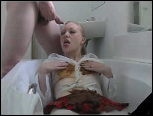 Maisy Van Kamp Dirty Tub Time [Scat sex, Groups-Couples,Smearing,oral sex,masturbation]