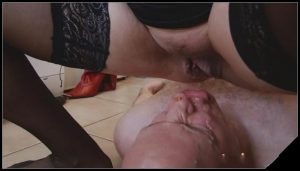 Meture lady scat 2[Scat, Pissing,shit,defecation,smearing ,Femdom ,Toilet Slavery, eat shit ,scatting domination,Groups-Couples,humiliation]