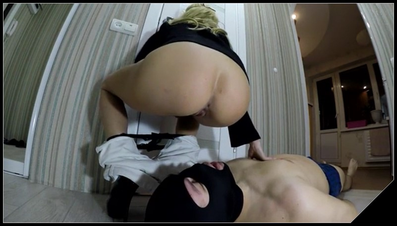 Blonde girl in a mask pooping in a man's mouth 2 - Pooping,