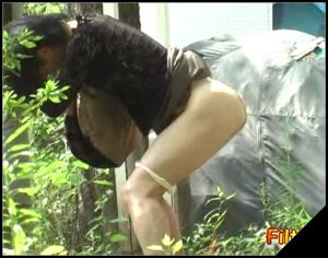Jade Filth – F15 – Outdoor Invisible Chair Pooping Or Pissing-15 [Scat solo, shit, defecation, pissing, farting]