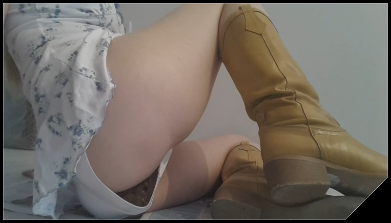 Thefartbabes - Yellow Boots Satin Panty Poop [Scat solo, shit, defecation, Shitty ass, Masturbation, Panty pooping, Big Shit]