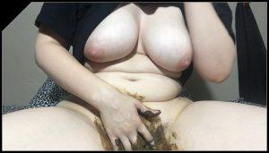 ChubbiBunni  Messy-Bed[Scat solo, shit, defecation,Big Shit, Pissing, Smearing, Masturbation]