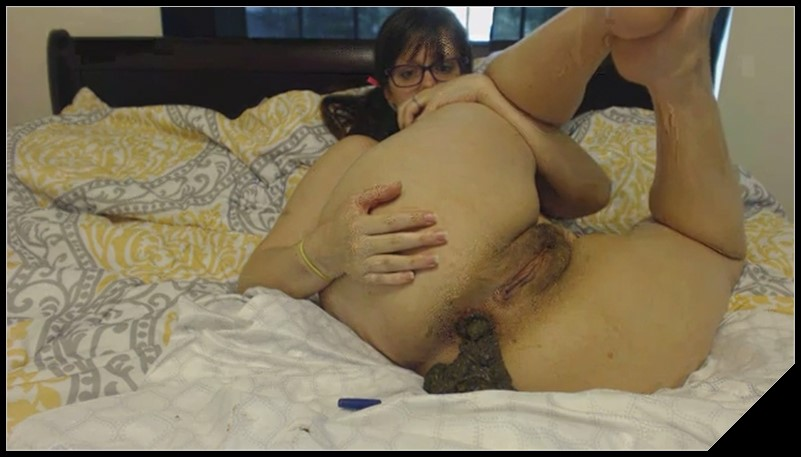 Woman Scat Smear 150 - [Scat solo, shit, defecation, Masturbation]