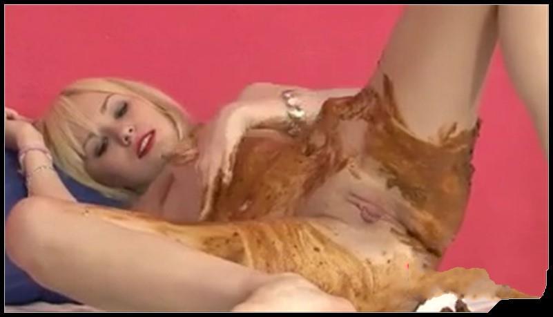 SCAT SMEARING - [Scat solo, shit, Smearing, Masturbation]