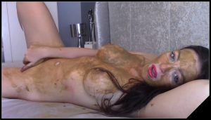 EvaMarie88 – Dirty Talking Scat Play [Scat solo, shit, defecation, Pissing, Big Shit, Dirty anal, Smearing, Masturbation, Dildo masturbation]