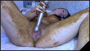 EvaMarie88 – Legging Crackling Shit And Smear [Scat solo, shit, defecation, Pissing, Big Shit, Dirty anal, Smearing, Masturbation, Dildo masturbation]
