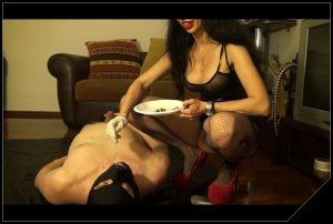 Happy birthday Mistress Antonella [Scat, pissing, shit,Femdom ,Face shit,Fingering, Drink pee,Domination, Eat shit ]
