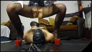 Pooping and peeing on my slave [Scat, shit,  Femdom ,Toilet Slavery,Fingering, Drink pee, Domination, Eat shit ]