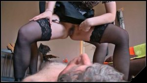 Lady Atropa First Time P2 [Scat, pissing, shit, defecation, Femdom ,Toilet Slavery,Face shit,Fingering,Domination, Eat shit , Humiliations,Licking, Drink pee,spitting,Submissive]