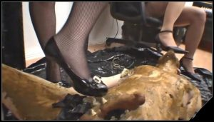 Lady Bianca Neve P3[Scat, pissing, shit, defecation, Femdom ,Toilet Slavery,Smearing,Domination, Eat shit , Humiliations,Licking, Drink pee,spitting]