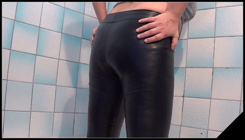 Poop inside leather pants Scat shit defecation Masturbation Dirty Leggings Big Shit Dirty Ass cover - Poop inside leather pants [Scat, shit, defecation, Masturbation, Dirty Leggings]