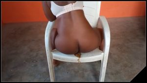 Ebony Princess – Pee, poo and sitting down [Scat solo, shit, defecation, Pissing, Big Shit, Dirty Ass, Masturbation, Smearing]