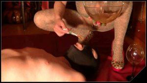 GoddessAndreea – Goddess Anita spoon feeding after strapon fucking [Scat, pissing, shit, defecation, Femdom ,Toilet Slavery, Domination,shit eating ,Big Shit,Dirty Ass, Humiliations,Licking, piss drinking]