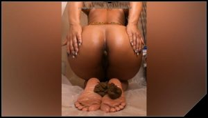 Brownsensations – 2 Shits in 1 Day [Scat solo, shit, defecation, Pissing, Big Shit, Dirty Ass,  Smearing]